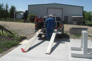 unloading stands onto new pad